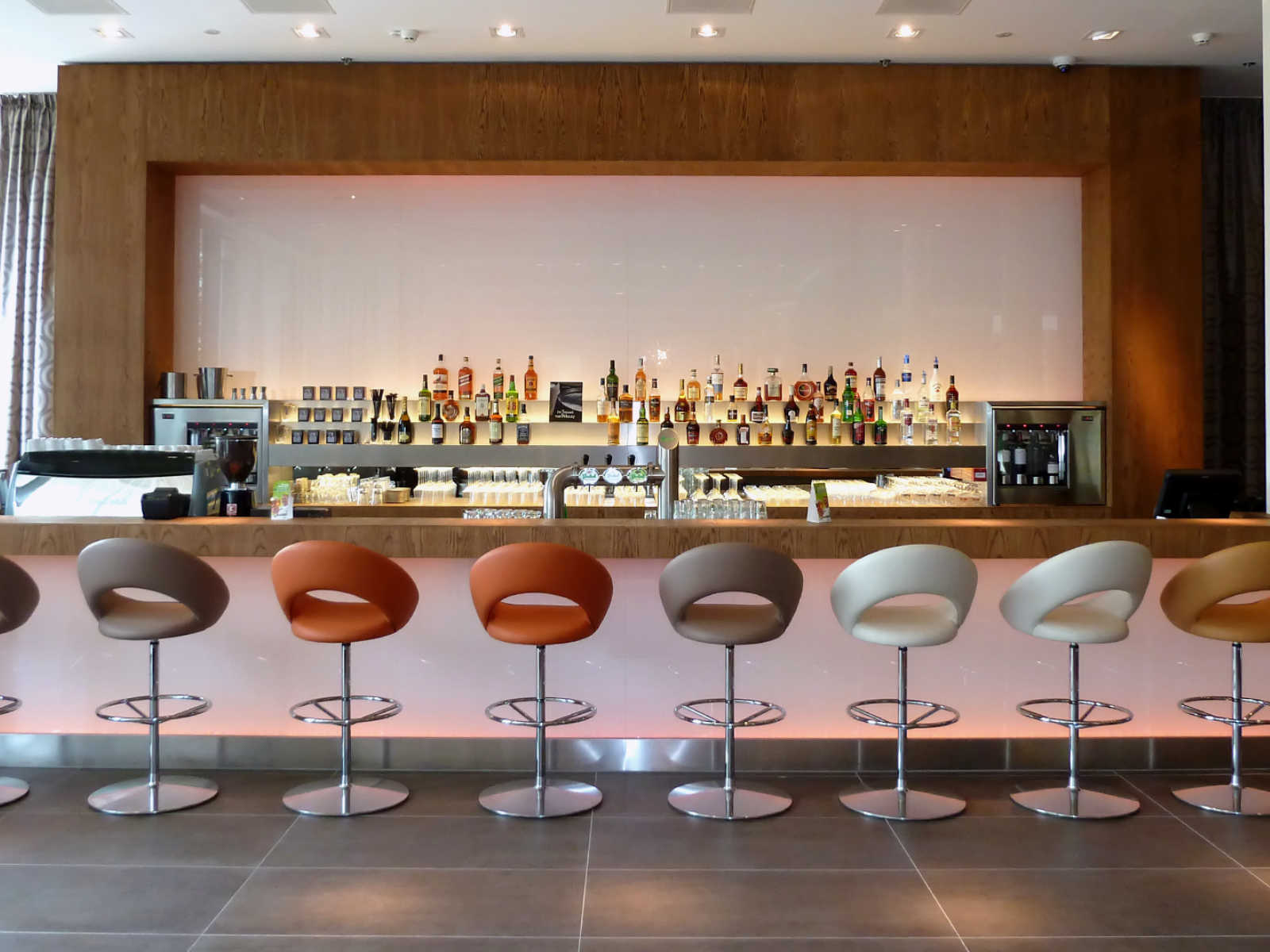 Horeca 16002 Lumen hotel Zwolle bar 1600-1200